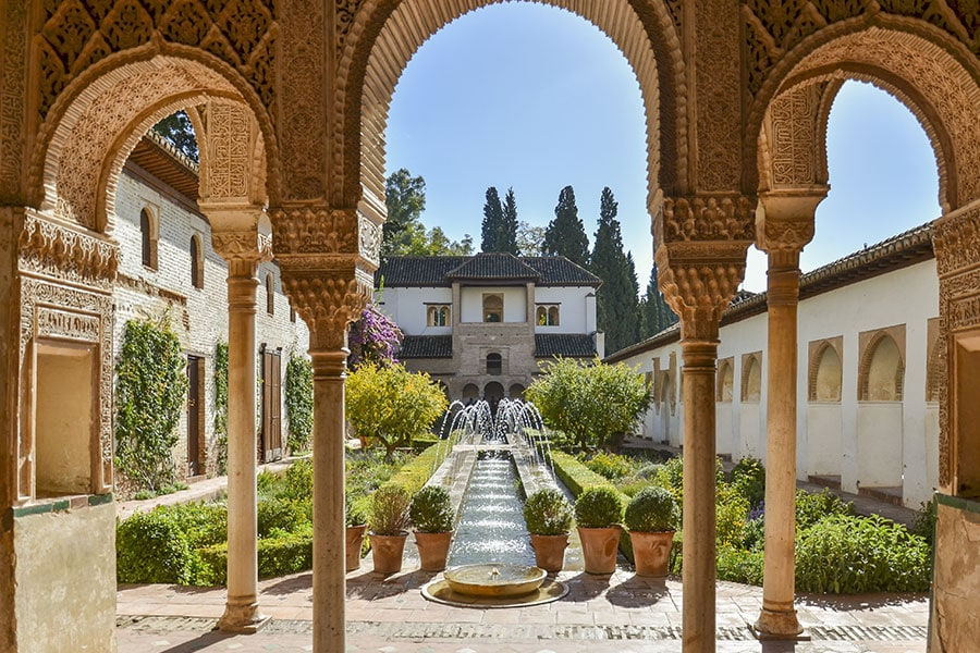generalife-alhambra-spanien-granada
