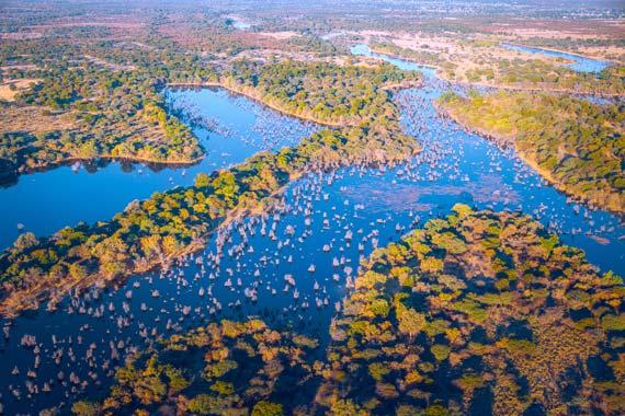 okavango-delta-rundflug